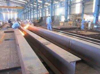 Quy trình sản xuất kết cấu thép: Hàn tổ hợp
